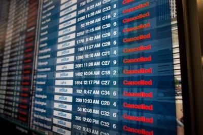 Без компенсация при отменен заради вируса полет