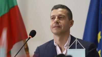СЕМ моли шефа на БНР да премисли за оставката си
