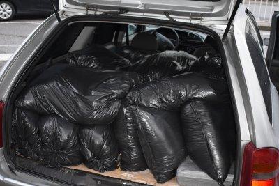 Хванаха шофьор да прекарва 500 кг нелегален тютюн