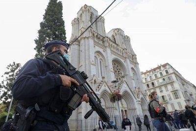 Още един задържан за убийствата в Ница