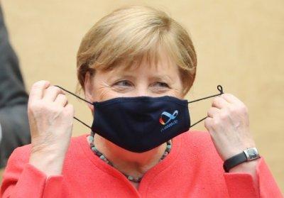 Меркел призна: Предстоят ни много, много тежки месеци