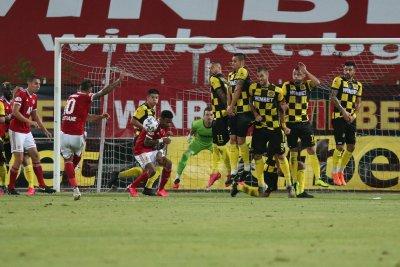 Футболистите на Ботев: Да спасим клуба