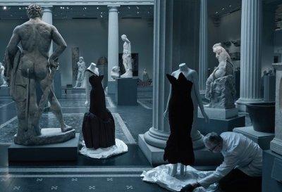 """Какво ще видим на модната изложба в музея """"Метрополитън"""""""