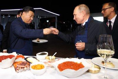 Става напечено: Русия+Китай = военен съюз срещу САЩ