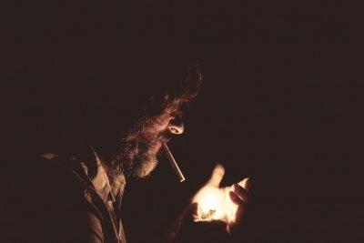 Спирайте тютюна: Цигарите пак поскъпват?
