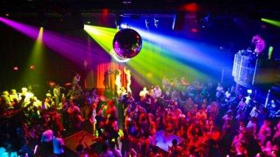Затварянето на дискотеките било дискриминация на младите хора