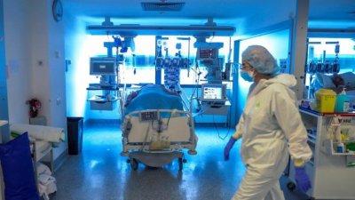 Отмениха 2000 операции заради Ковид-19