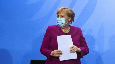 Ангела Меркел разкритикува лъжите за пандемията