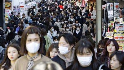 Заразените с вируса в Япония вече са над 100 000