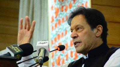 Пакистанският премиер: Зукърбърг да забрани ислямофобските послания