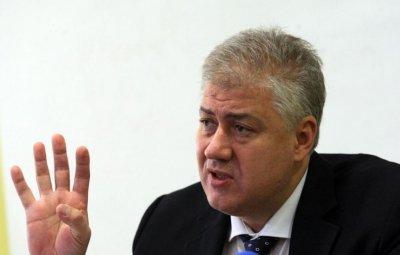 """Шефът на """"Пирогов"""": Заразяват ни пациенти с фалшиво отрицателни PCR-и"""