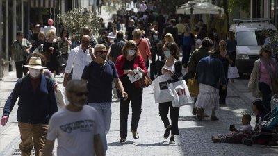 Гърция затваря барове и ресторанти от 3 ноември