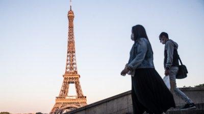 От полунощ: Национална карантина във Франция