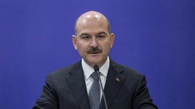 Турският министър на вътрешните работи заразен с коронавирус