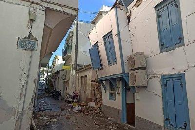 """Възстановяват и разрушената черква """"Св. Богородица"""""""