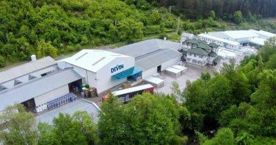 """Заводът на """"Девин"""" ЕАД мина на 100% зелена енергия"""
