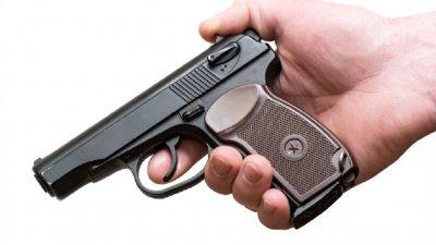 Въоръжен атакува кредитен офис в Ямбол