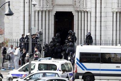 Трети задържан за нападението в Ница