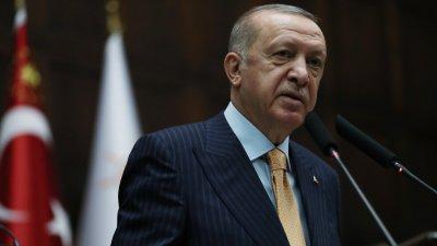 Ердоган: Пълна мобилизация за спасяване на пострадалите