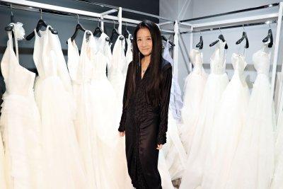 Дизайнерката Вера Уанг поддържа форма с водка и сън