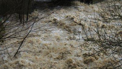 Река Студена преля, наводни Караманово