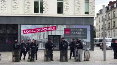Френски медии на протест срещу ограничаването на свободата им