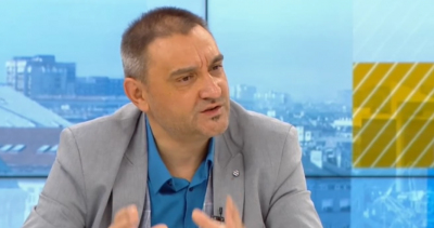 Доц. Чорбанов: Децата и младите трябва максимално бързо да преминат през COVID-19