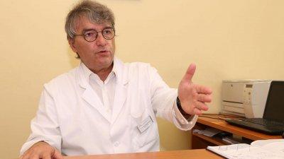 Акад. Лъчезар Трайков: Строгите мерки спасяват, докато няма ваксина