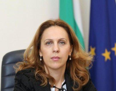 Николова: Демографските проблеми удрят по икономиката
