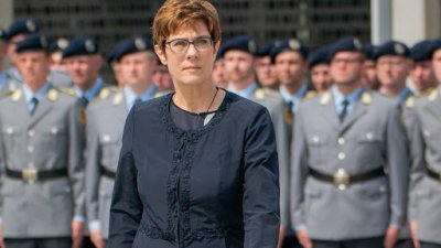 Русия нахока Германия, отслабвала европейската сигурност