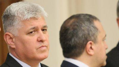 Димитър Стоянов: Рязането на ленти е едно, управлението на кризи е друго