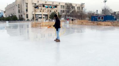 Пловдив привлича с най-голямата ледена пързалка в страната