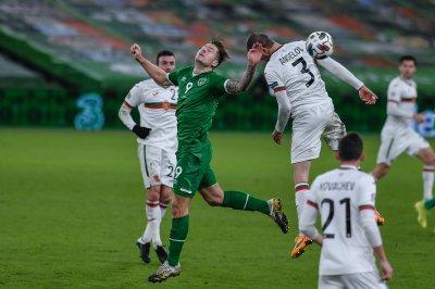 България продължи да пада в ранглистата на ФИФА