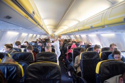 Задължителни ковид ваксини за пътниците на международни полети