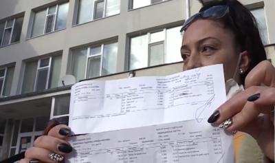 Скандал! Медицински сестри мизерстват в Поморие