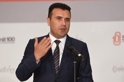 САЩ открито подкрепя Зоран Заев