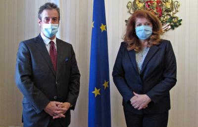Йотова хока правителството за македонския въпрос