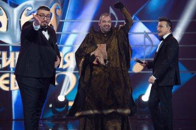 """Баба Яга спечели втория сезон на """"Маскираният певец"""""""
