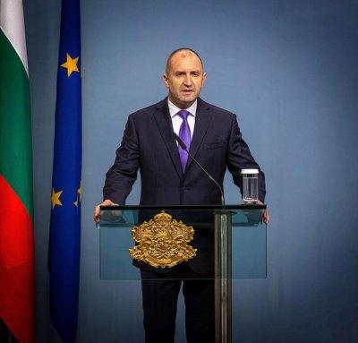 Президентът назначи Руси Иванов за секретар по външната политика