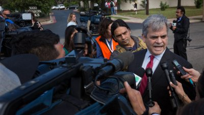 Кмет призовал от мексикански плаж да не се пътува