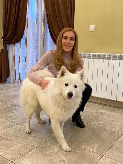 Николина Ангелкова показа с кого се гушка вечер