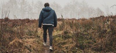 Мъж се разходи 400 км, за да се успокои след скандал с жена си