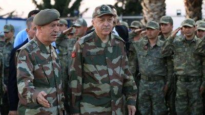 Бивш премиер: Военен преврат сваля Ердоган