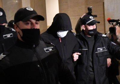 Отлагат делото срещу Кристиан Николов?