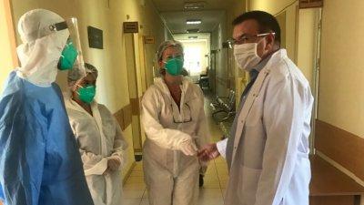 Планът на властите: 2,3 милиона ще са имунизирани до юли