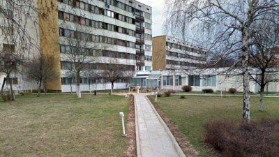 Университети намалиха наемите за общежития по искане на студенти