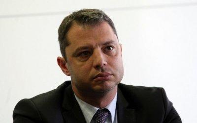 Делян Добрев осъди Елена Йончева за клевета
