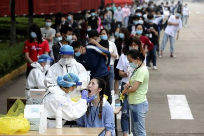 Пекин тества 2 млн. души за 48 часа