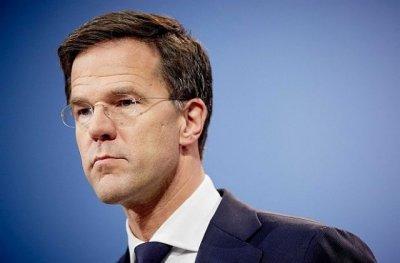 Правителството на Нидерландия се запъна: Не отстъпваме от комендантския час