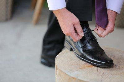 Мъж открадна 20 чифта обувки от блок в Кюстендил